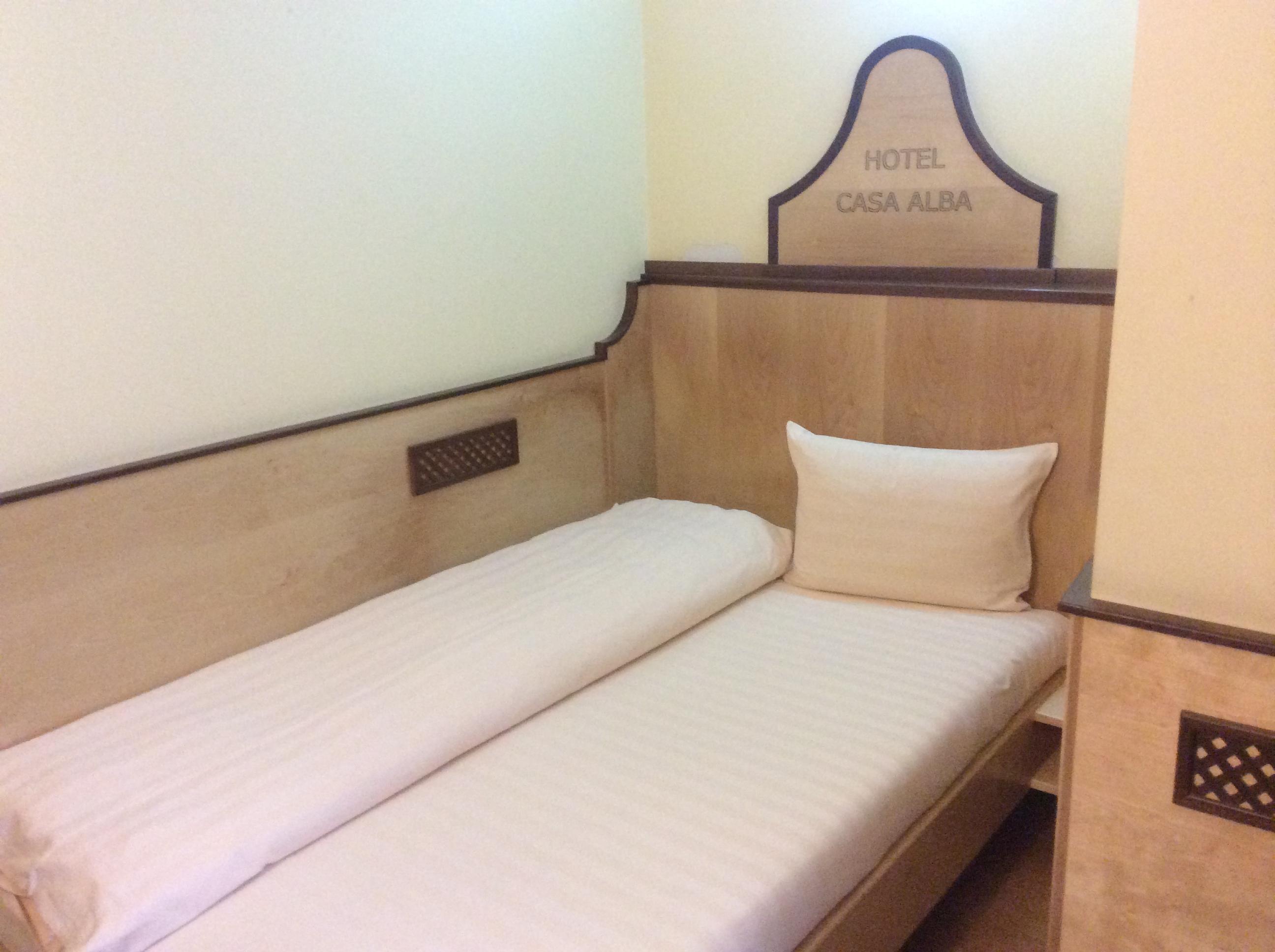 cazare în cameră single